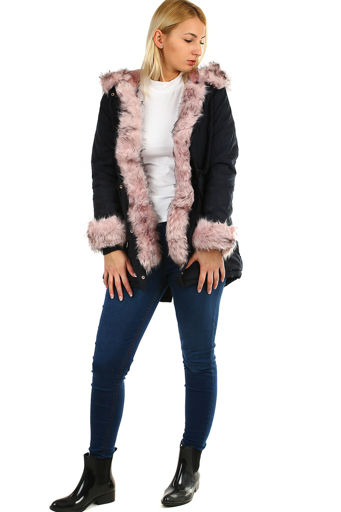 Parka with plush lining and fur