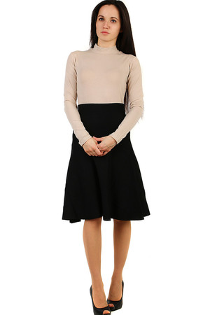 Black women's knitted skirt monochromatic design elastic thicker material A-line modern cut high elastic waist adapting to