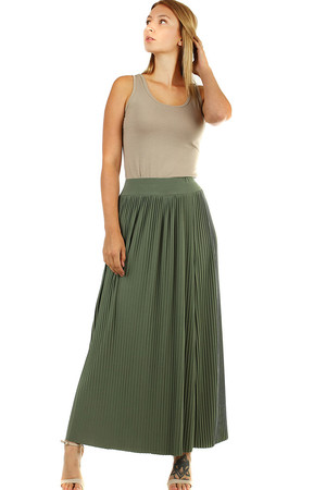 Summer pleated ladies skirt in maxi length ageless classic long length elastic rubber is sewn at the waist free cut that