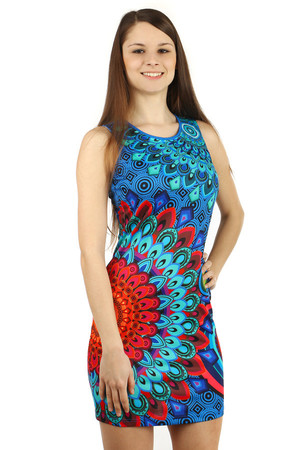 Beautiful dress with oriental pattern. Dress with beads and rhinestones. Zip fastening at the back. Material: 95% polyester,