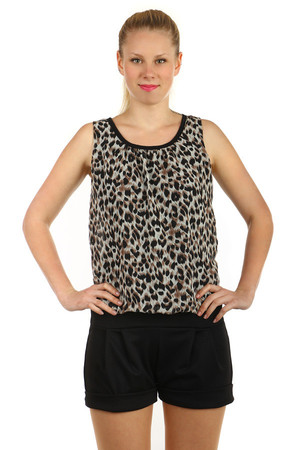 Women's short overakk with animal pattern on the top. Necktie binding. Suitable for summer. Import: Italy Material: 100%