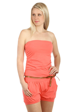 Short women's overall for summer. Comfortable and pleasant on the body. Front pockets. A belt is included. Import: Italy