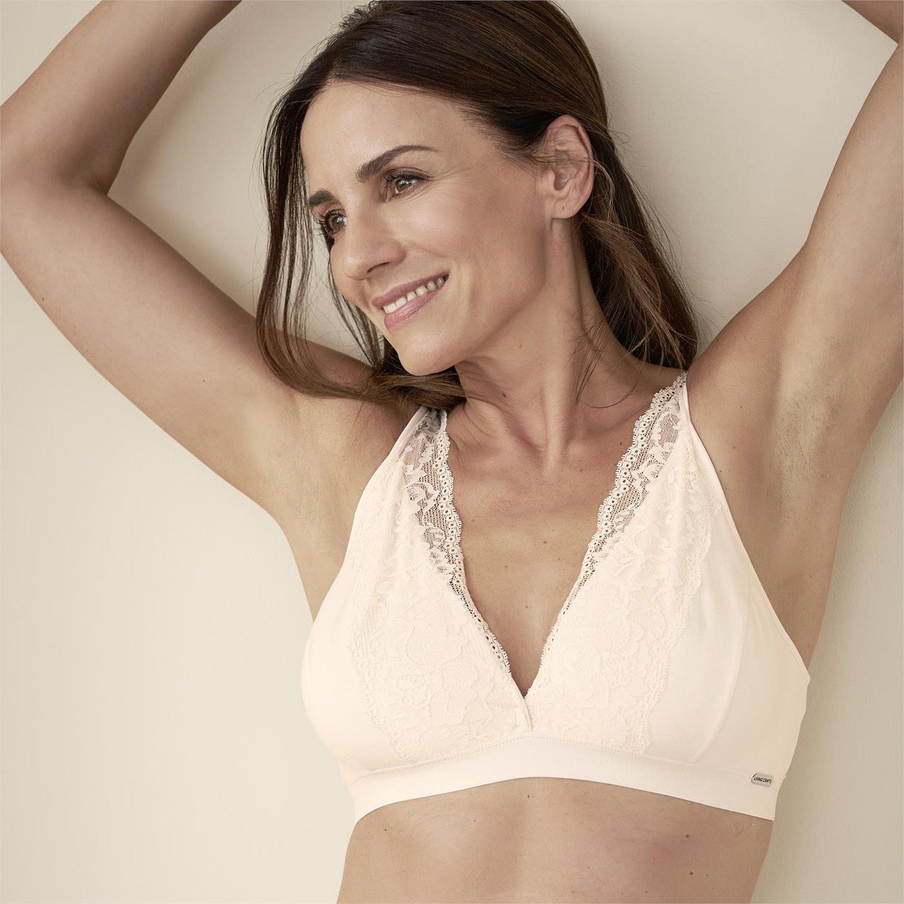 Women's bralette made of organic cotton