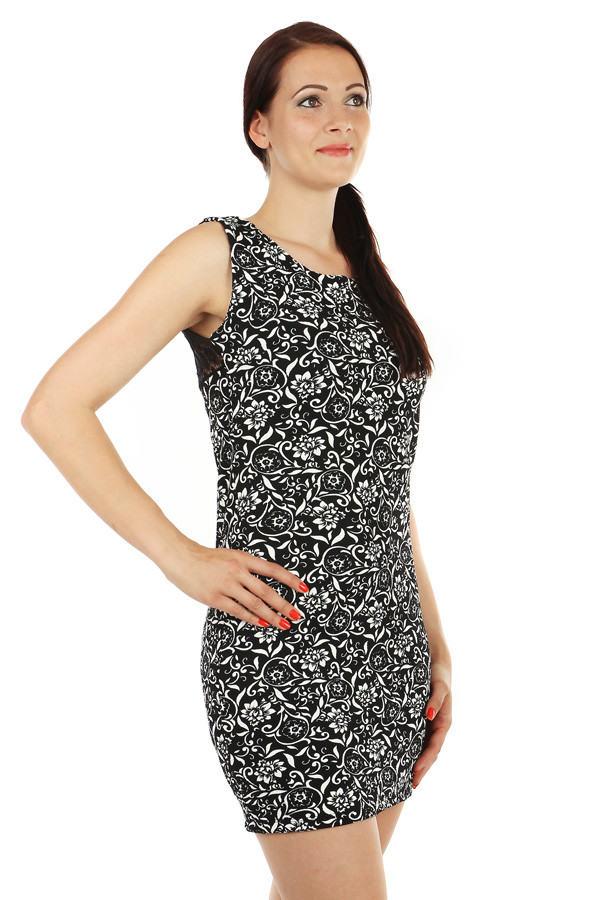Patterned dress with lace