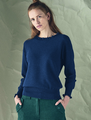 Women's knitted sweater over the head made of natural materials organic cotton and hemp without switching on with ruffles