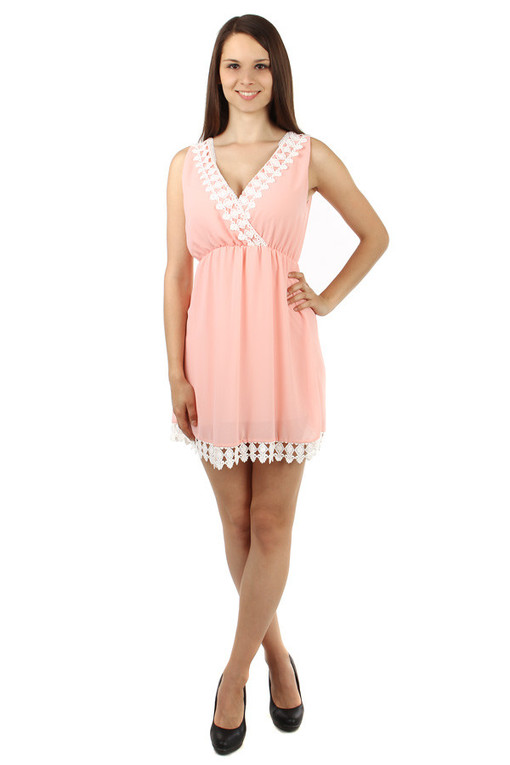Short women's dress with lace for summer