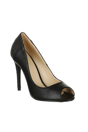 Eye-catching pumps with open toe and heel with pattern. Material: upper: leatherette, insole: synthetic material.