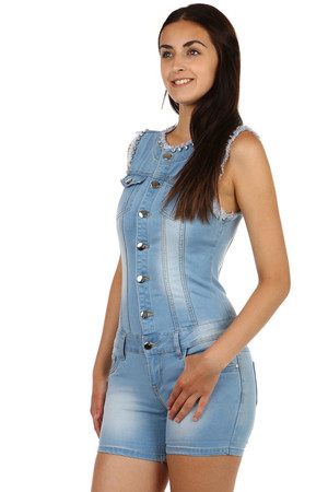 Women's denim overall with rhinestones. Front and rear pockets. Zip fastening and buttons. Material: 71% cotton, 18% fiber,