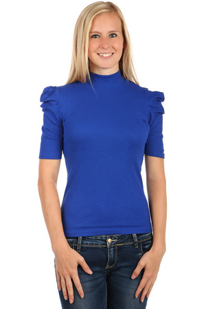 Elegant shirt with turtleneck. Pleated short sleeves. Fits to jeans or skirt. Material: 80% cotton, 20% polyester