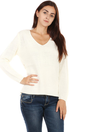 Comfortable ladies knitted sweater with ornaments on back. Pleasant warm material. Material: 80% cotton, 20% polyester.