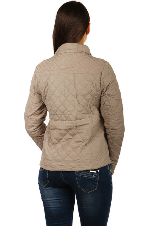 Quilted ladies jacket with glossy patents