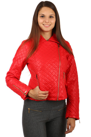 Women's leatherette quilted jacket with asymmetric zipper. Zipped pockets and sleeve ends. Suitable for spring and