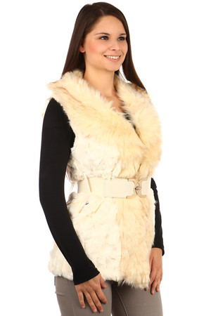 Women's vest made of faux fur.Turning on hooks, sewn pockets, completed with elastic strap. Suitable for leisure and